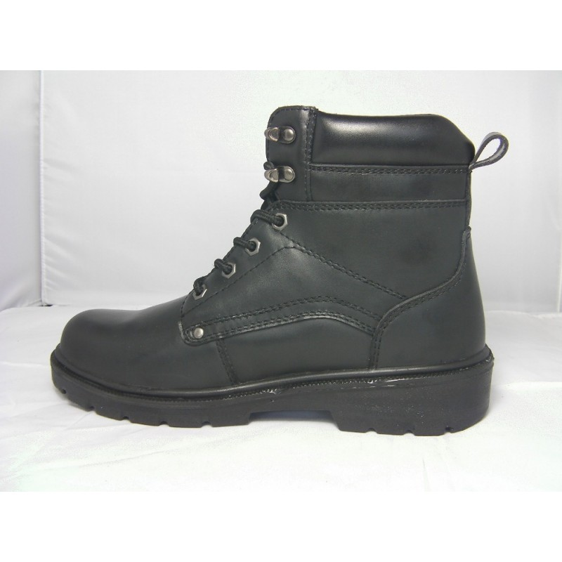 Rugged waterproof safety boots YF01540